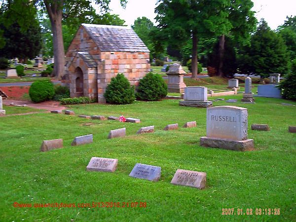 Queen-City-Ghost-Tours-Old-Settler's-Cemetery