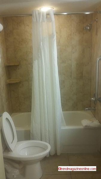 Holiday Inn Lake Buena Vista Review Pic